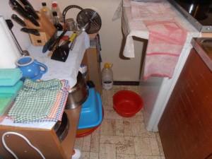 Jídla vyráběl v kuchyňském koutě FOTO SZPI (2)