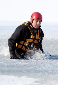 Měření ledu ve Varvažově (2)