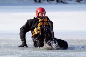 Měření ledu ve Varvažově (4)