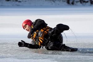 Měření ledu ve Varvažově (6)