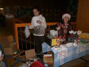 Vánoční trhy ZŠ Stříbrnická (10)